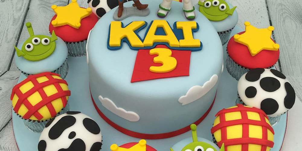 Toy Story Cake with Cupcakes for a 3rd Birthday