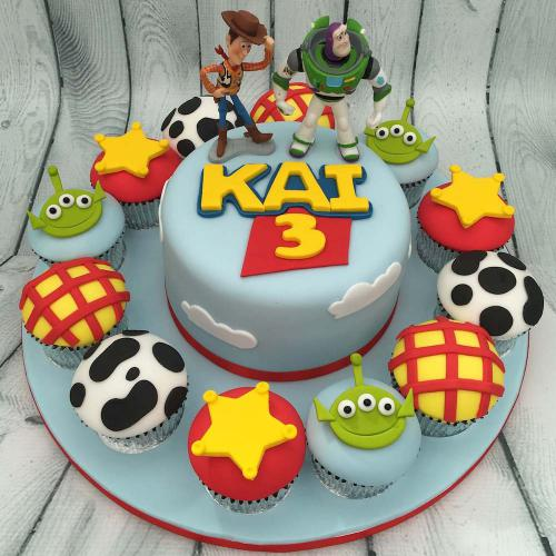 Toy Story Birthday Cake and Cupcakes